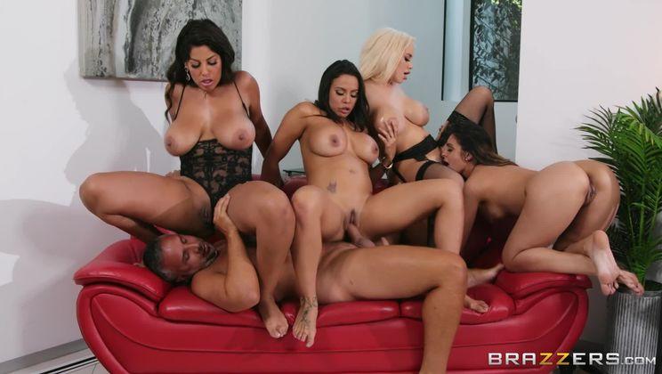 Office 4-Play: Latina Edition