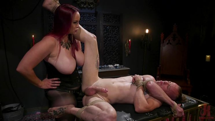 Bella Rossi Uses & Abuses Jessie Sparkles