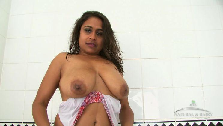Free bathing Porn - page 2 - PornGO.com