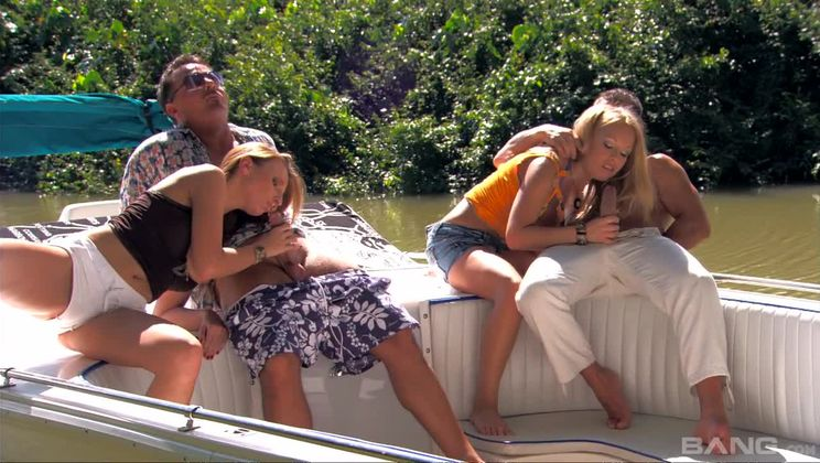 Jessica Moore and Morgan Moon Are Great Sluts to Have on the Boat