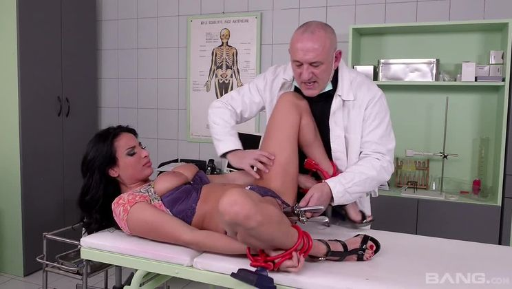 Tina Kay gets a big creampie after being bound with latex for anal sex
