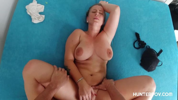 Chubby girl gets sexed up in POV scene