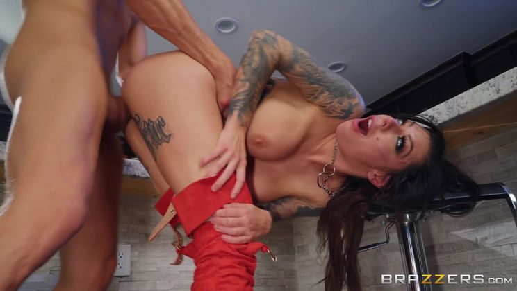 Day With A Pornstar: Karma Rx
